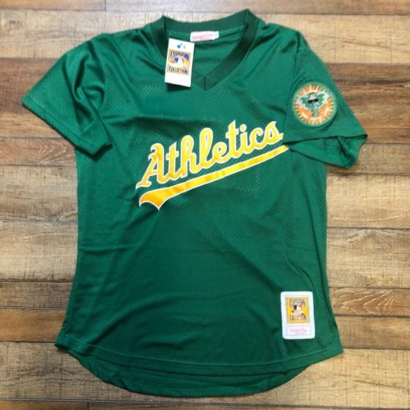 big sale bdebc 7855d NWT Rickey Henderson Oakland A's MLB Jersey NEW NWT